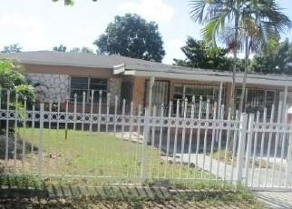 Foreclosed Home en WEST DR, Opa Locka, FL - 33054