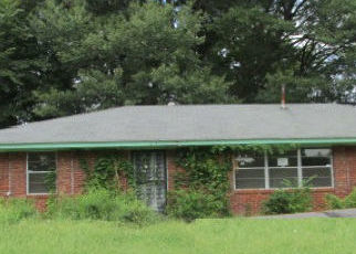 Foreclosed Home in WHITE CLOVER LN, Memphis, TN - 38109