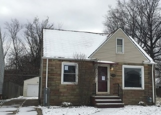 Foreclosed Home en NEWPORT AVE, Cleveland, OH - 44129
