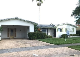 Foreclosed Home en NE 4TH ST, Hallandale, FL - 33009