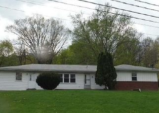 Foreclosed Home en FRYERS HILL RD, Lewistown, PA - 17044