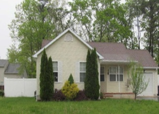 Foreclosed Home in RIPPLE AVE, Manahawkin, NJ - 08050