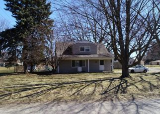 Foreclosed Home in BIRWOOD ST, Clinton Township, MI - 48035