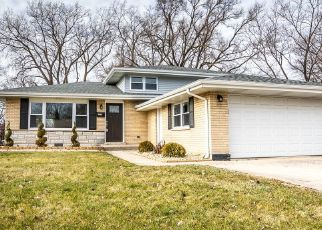 Foreclosed Home en S PARK AVE, South Holland, IL - 60473