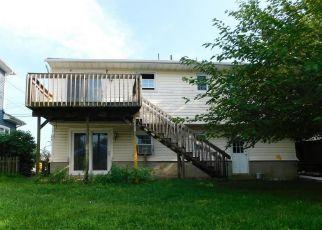 Foreclosed Home in JIB LN, Brick, NJ - 08723