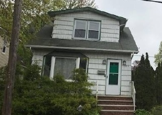 Foreclosed Home in CENTRAL AVE, Hempstead, NY - 11550
