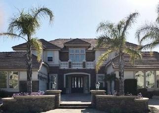 Foreclosed Home en ZAHARIAS CT, Moorpark, CA - 93021