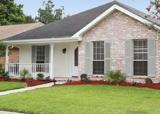 Foreclosed Home in IOWA AVE, Kenner, LA - 70065
