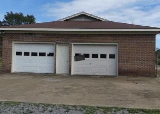 Foreclosed Home in OLD SOLITUDE RD, Guntersville, AL - 35976