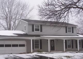 Foreclosed Home en VILLAGE WALK, Spencerport, NY - 14559