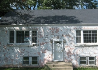 Foreclosed Home en W 84TH PL, Justice, IL - 60458