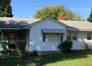 Foreclosed Home en 4TH ST, Malone, NY - 12953