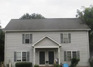 Foreclosed Home en HYDE CIR, Mauldin, SC - 29662