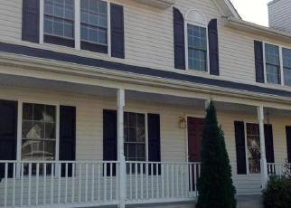 Foreclosed Home en SUNNY MEADOWS DR, Fredericksburg, VA - 22407