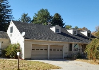 Foreclosed Home in MICHIGAN ST, Gooding, ID - 83330