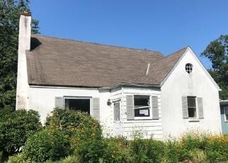 Foreclosed Home in CINNAMINSON AVE, Palmyra, NJ - 08065