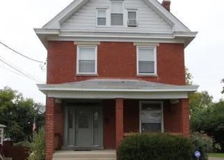 Foreclosed Home in DARWIN AVE, Cincinnati, OH - 45211
