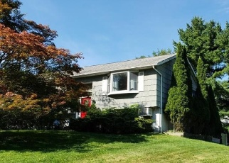 Foreclosed Home in QUINLAN ST, Yorktown Heights, NY - 10598