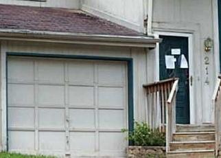 Foreclosed Home in E HUGHES CIR, Des Moines, IA - 50315