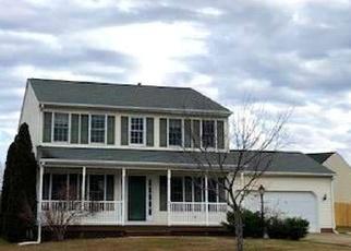 Foreclosed Home en STONE MEADOW DR, Fredericksburg, VA - 22407