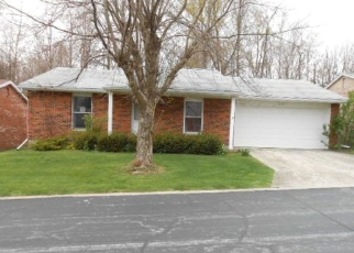 Foreclosed Home en GREEN TREE LN, Bellefontaine, OH - 43311