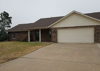 Foreclosed Home in NW RIDGECREST DR, Lawton, OK - 73505