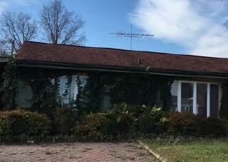 Foreclosed Home en INDIAN PARK RD, Levittown, PA - 19057