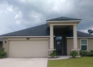Foreclosed Home en YELLOWTAIL CT, Yulee, FL - 32097
