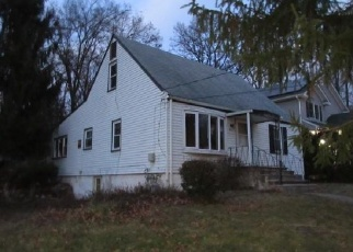 Foreclosed Home en GROVE ST, Pearl River, NY - 10965