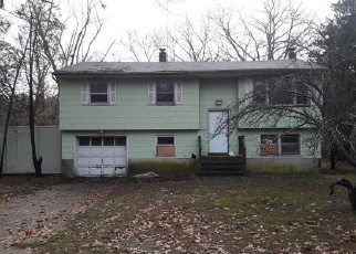 Foreclosed Home in PARK AVE, Jackson, NJ - 08527