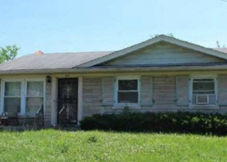 Foreclosed Home in FAIRLAND PL, Louisville, KY - 40211