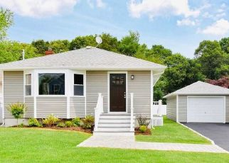 Foreclosed Home en MAPLE ST, West Hempstead, NY - 11552