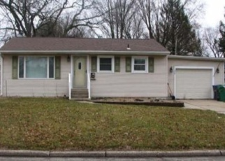 Foreclosed Home en PIONEER ST, Sturgis, MI - 49091