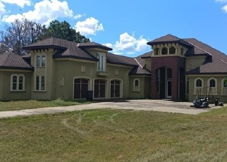 Foreclosed Home en OLD 9 FOOT RD, Eagle Lake, FL - 33839