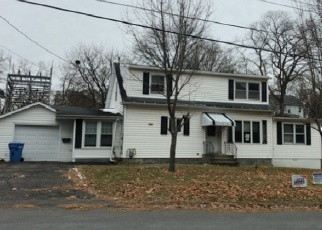 Foreclosed Home en DAYTONA AVE, Albany, NY - 12203