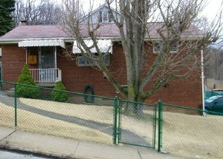 Foreclosed Home en MAINSGATE ST, Pittsburgh, PA - 15205