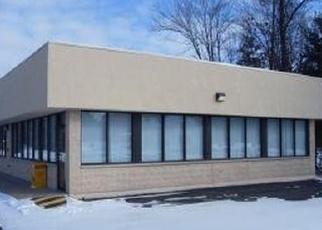 Foreclosed Home en E BANNERMAN AVE, Redgranite, WI - 54970