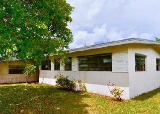 Foreclosed Home en NW 193RD TER, Miami, FL - 33169