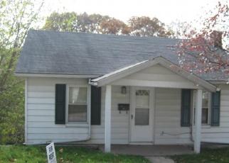 Foreclosed Home en WERGES AVE, Alton, IL - 62002