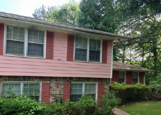 Foreclosed Home en ROCKBRIDGE RD, Stone Mountain, GA - 30088
