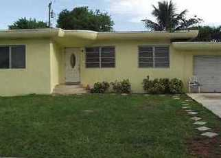 Foreclosed Home en NW 141ST ST, Miami, FL - 33168