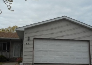Foreclosed Home en ROBERT AVE N, Maple Lake, MN - 55358
