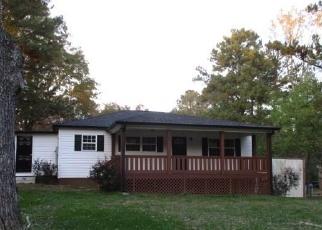 Foreclosed Home en DAVID LAKE RD NW, Calhoun, GA - 30701