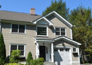 Foreclosed Home in MANOR RD, Old Greenwich, CT - 06870