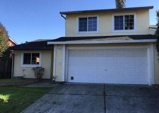 Foreclosed Home en DESANIE CIR, Pittsburg, CA - 94565