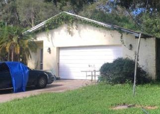 Foreclosed Home en FRESHWATER DR, Palm Harbor, FL - 34684