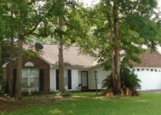 Foreclosed Home en OKEHAMPTON DR, Goose Creek, SC - 29445