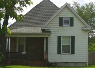 Foreclosed Home en N MAIN AVE, Springfield, MO - 65803