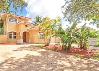 Foreclosed Home en NW 87TH PL, Hialeah, FL - 33018