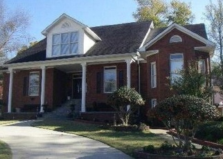 Foreclosed Home en PEYTON DR NW, Kennesaw, GA - 30152